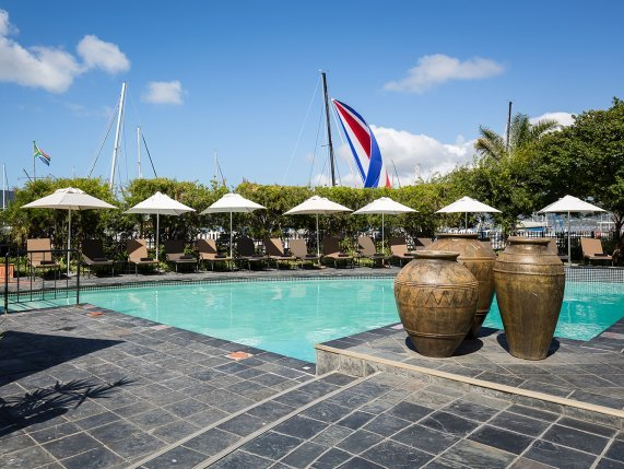 Protea Hotel Knysna Quays outdoor pool area