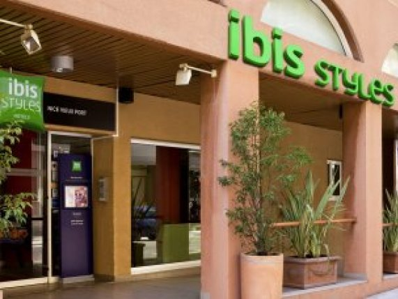 Ibis Styles nice Vieux port front entrance